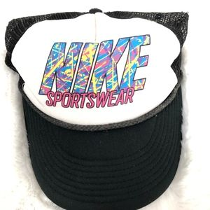 Vintage 90s Nike Sportswear Snapback Trucker